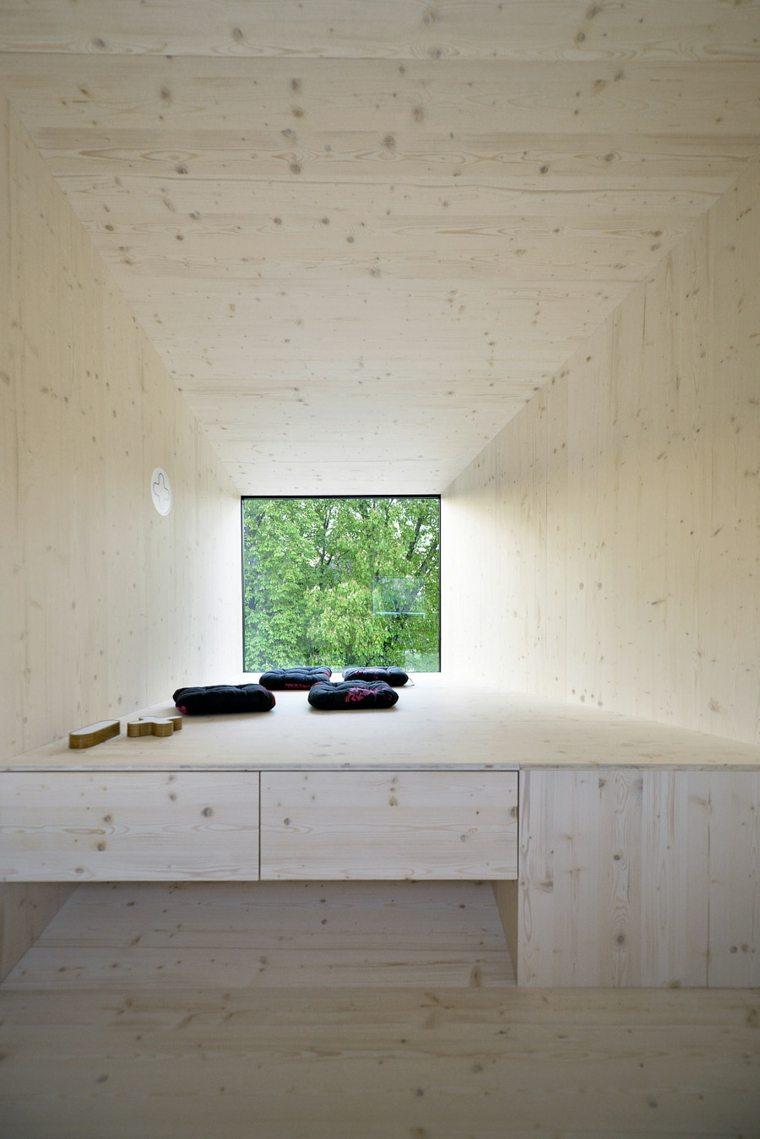 casa real interior madera clara