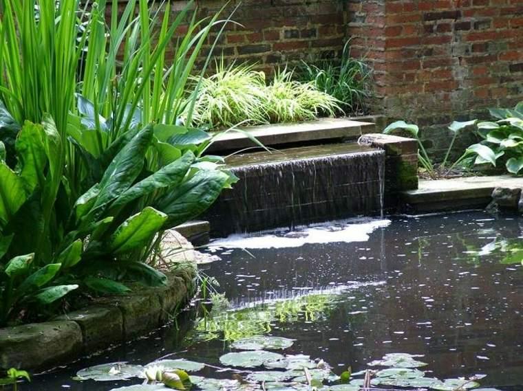 Fuentes y cascadas de jard n consejos para su instalaci n for Cascada estanque