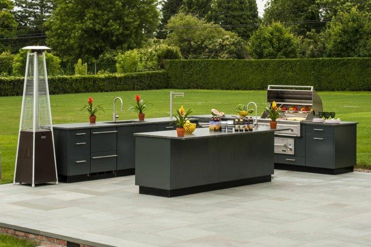 cocina-jardin-amplio-diseno-moderno