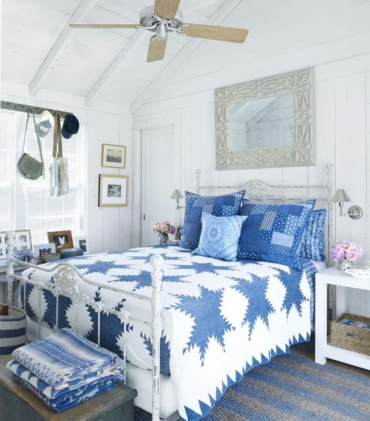 color-azul-diseno-interior-dormitorio-blanco
