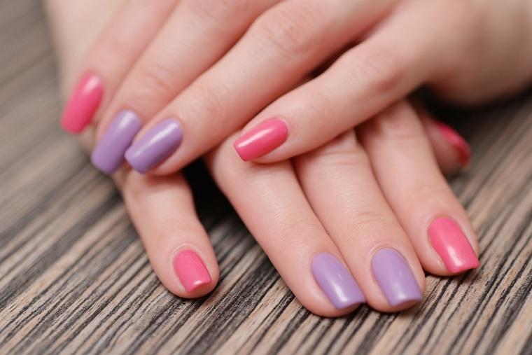 Cómo pintarse las uñas-distintos-disenos