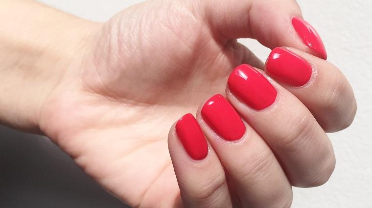 Cómo pintarse las uñas-rojas-elegantes