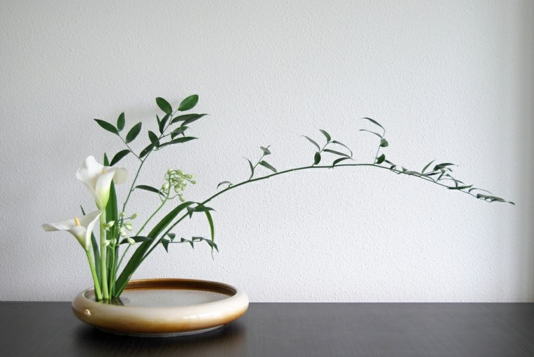 bonitos arreglos florales japoneses