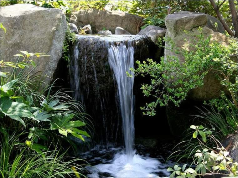 fuente de cascada