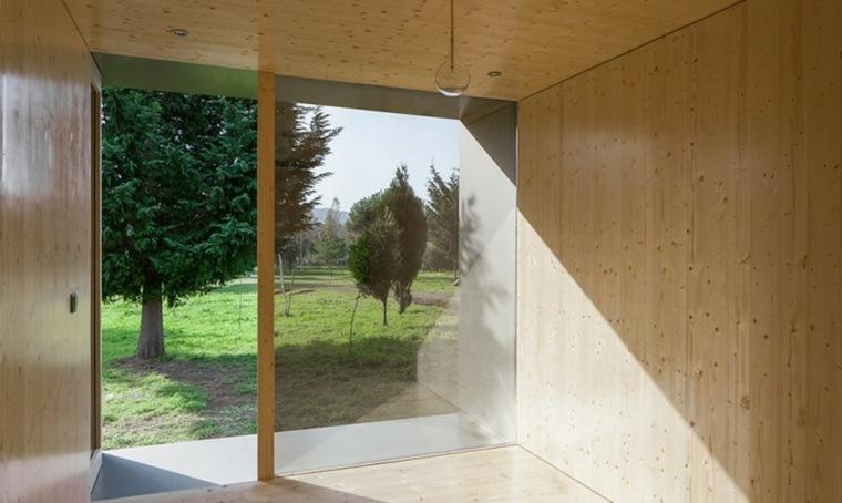 original casa con interior de madera