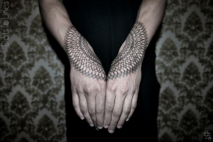 manos tatuadas idea moderna