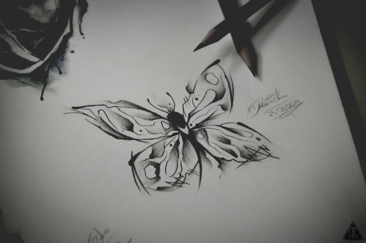 mariposas para tatuajes femeninos