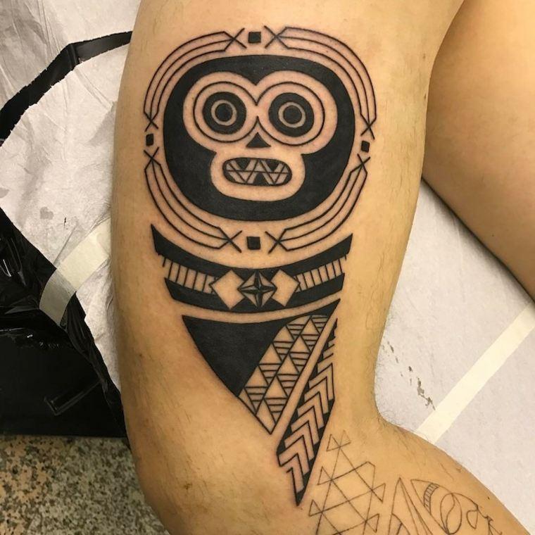 tatuaje de estilo tribal