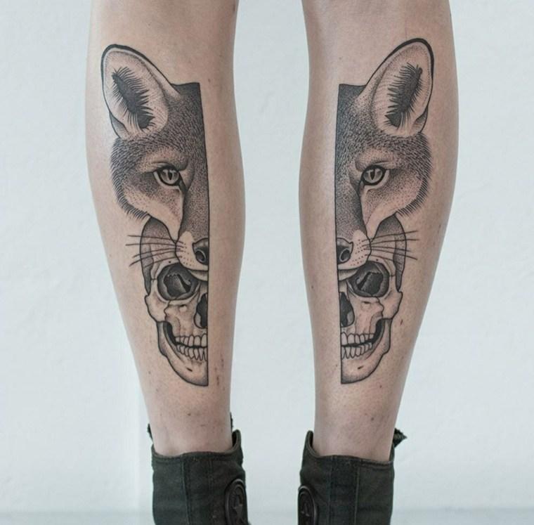 piernas-tatuaje-lobo-calavera