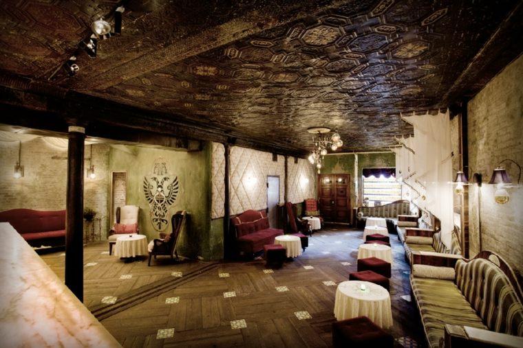 diseños de interiores steampunk