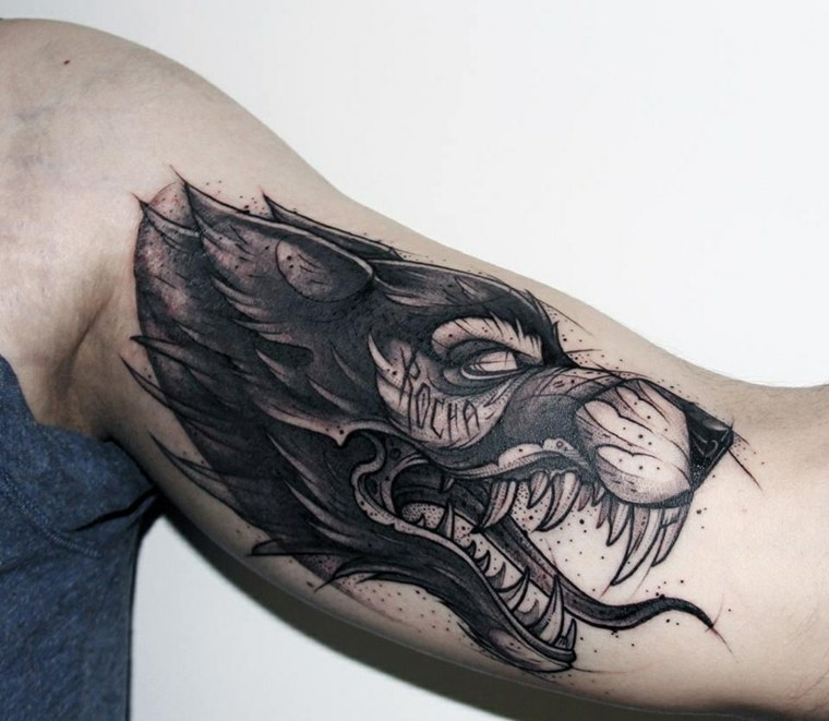 tatuaje-lobo-disenos-originales-estilo-brazo