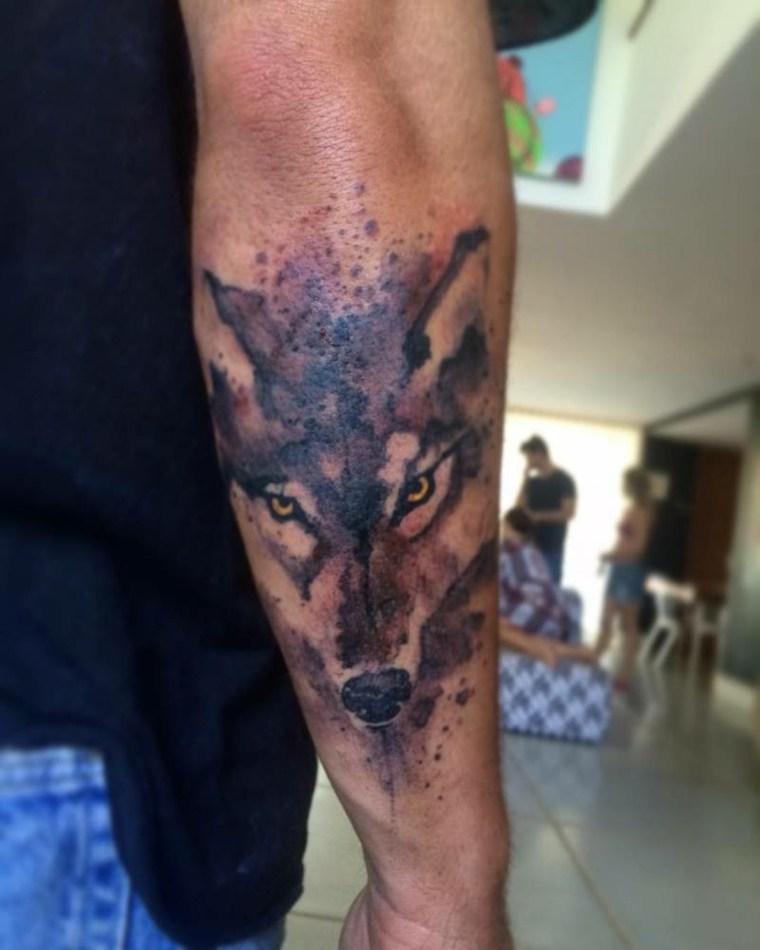 tatuaje-lobo-estilo-opciones-brazo