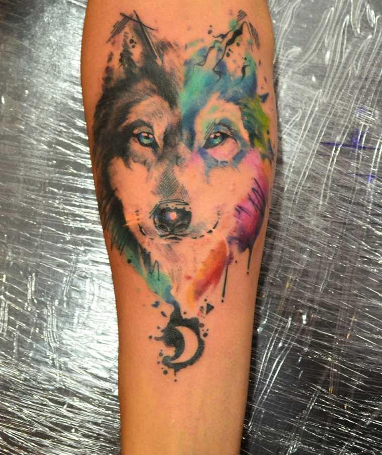 tatuaje-lobo-forma-corazon-colores