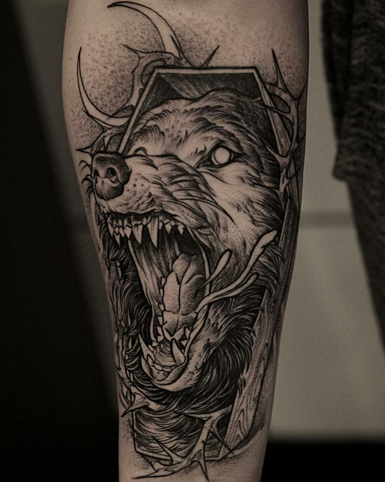 tatuaje-lobo-furioso-diseno-moderno