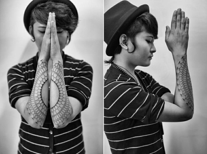 tatuaje tipo red lineas finas