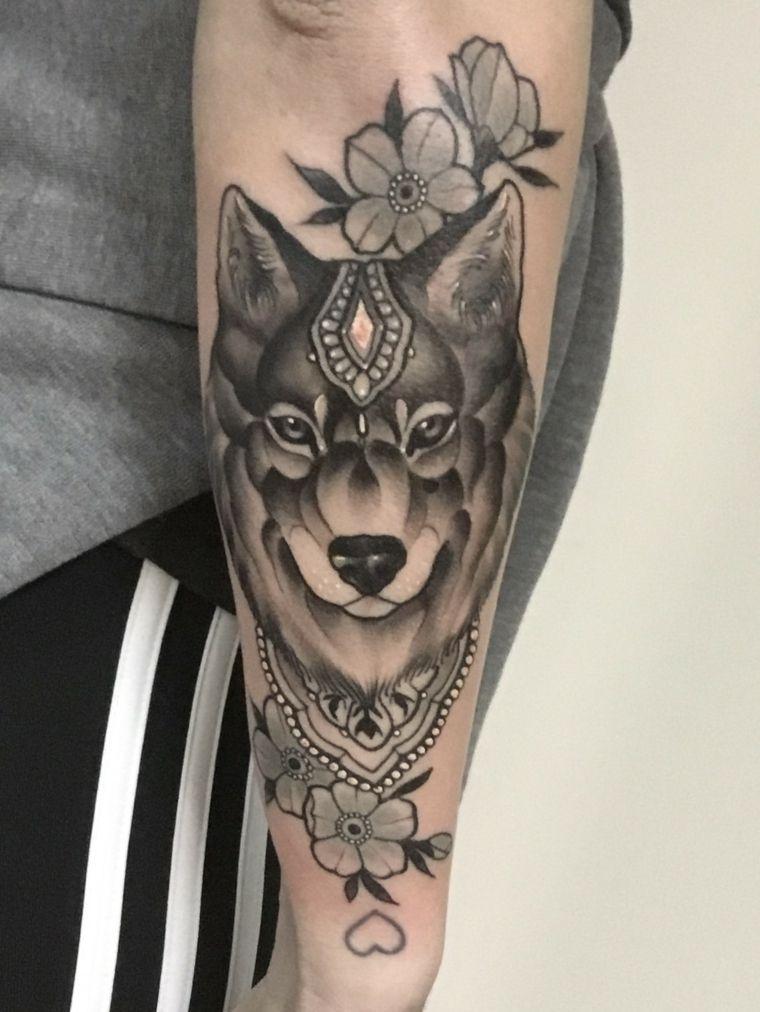 tatuajes-de-lobos-flores-detalles-modernos