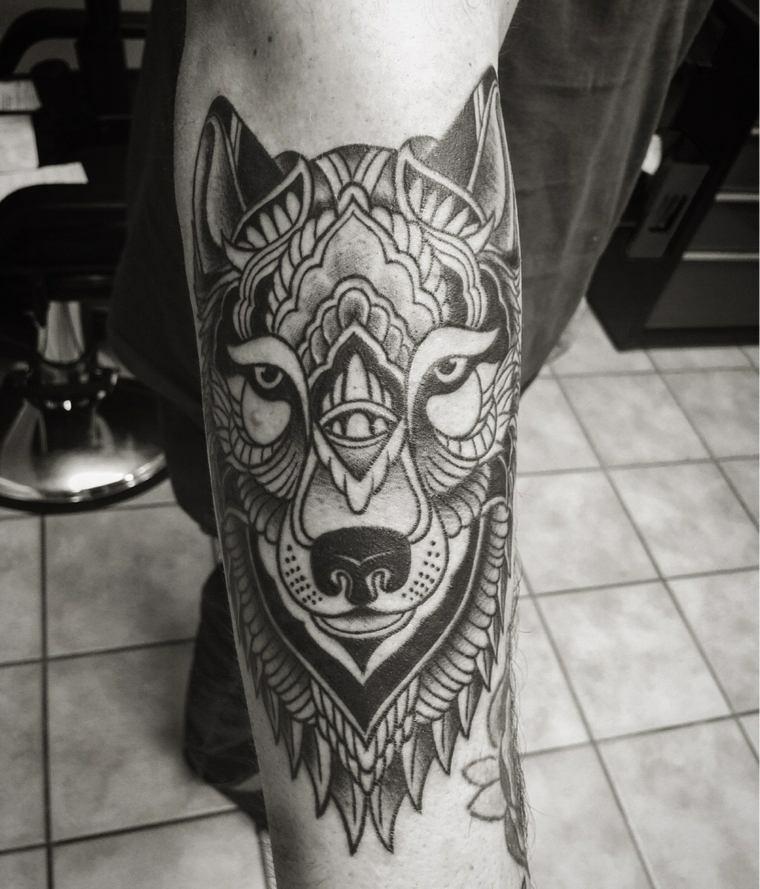 tatuajes-de-lobos-mandala-diseno
