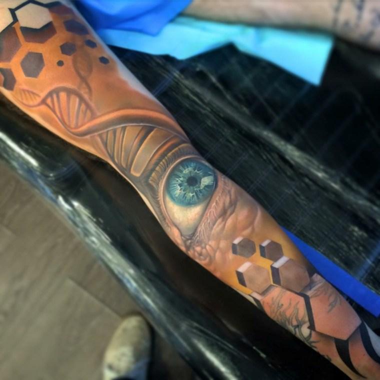 tatuajes-en-3D-ojo-pierna-estilo-moderno