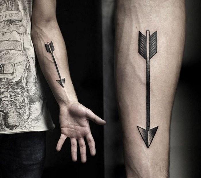 tatuajes en el antebrazo flecha especial