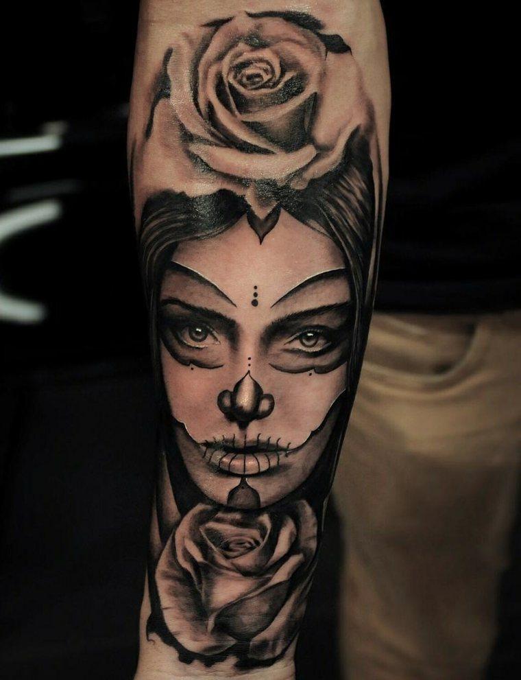 tatuajes-en-el-antebrazo-unicos-cara-rosa