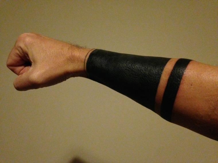 tatuajes-en-el-antebrazo-unicos-diseno-tribal