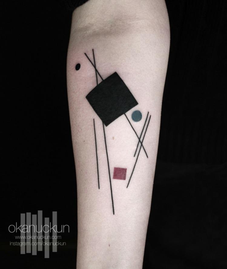 tatuajes figuras geometricas coloridas
