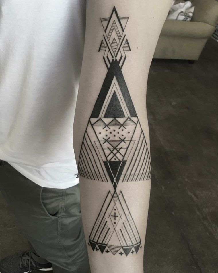 Tatuajes Para Hombres Increibles Disenos Geometricos Para Inspirarse - Tatuajes-modernos-para-hombres