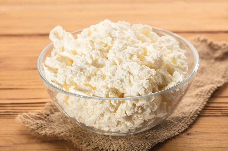 alimentacion-complementaria-bebes-comidas-queso-cotagge