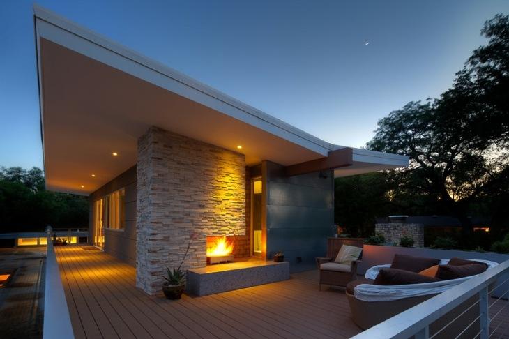 apacible terraza chimenea moderna