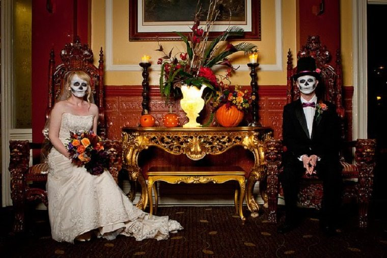 bodas-tematicas-halloween-opciones-recien-casados