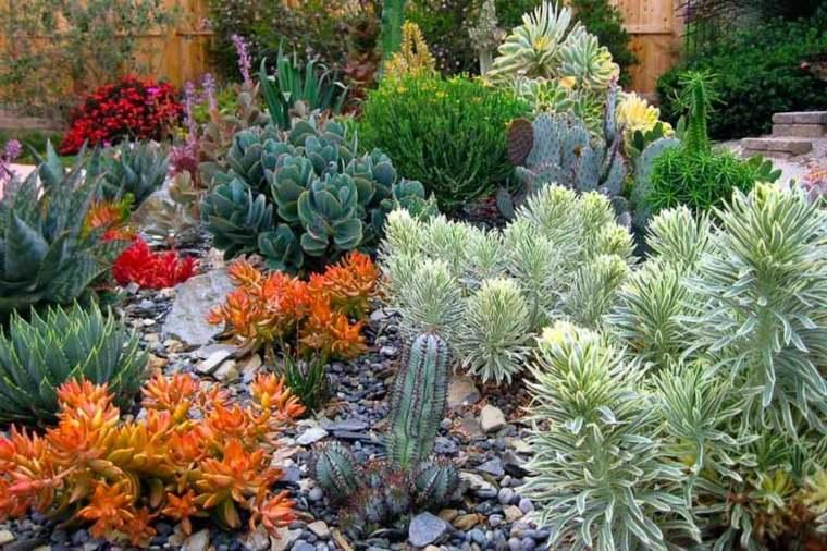consejos sobre mantenimiento de jardines en otoño