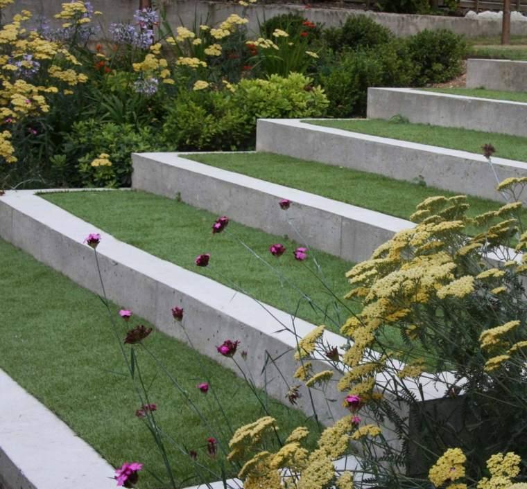 casa-contemporranea-jardin-terrzas-estilo-moderno
