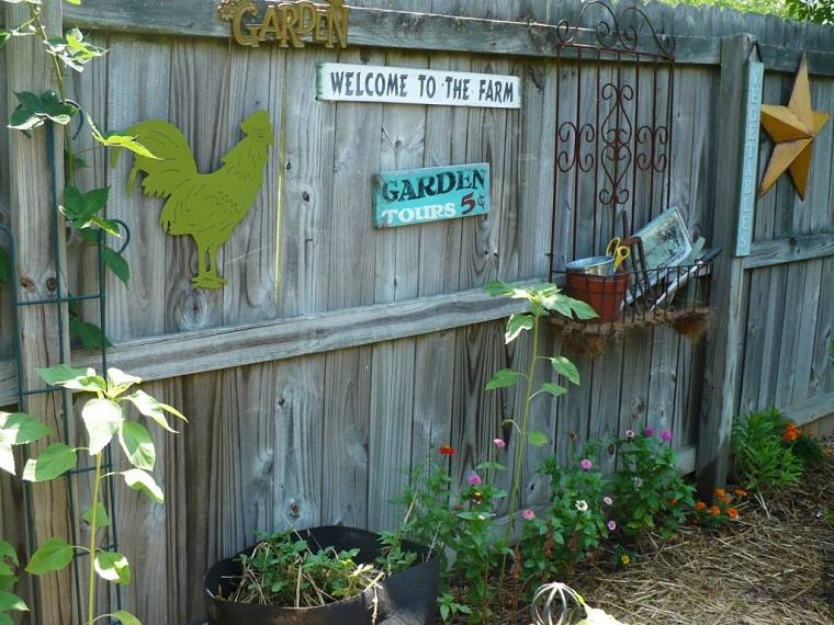 vallas de jardín con adornos