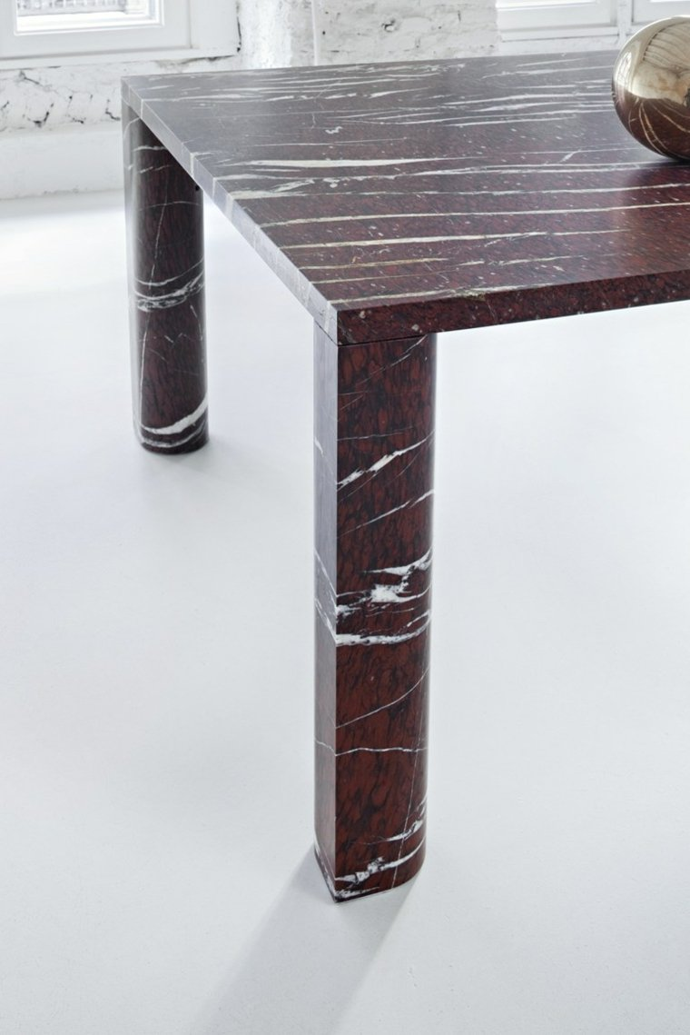 detalle colores mesa moderna