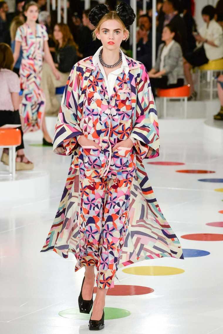diseño de moda-estilo-geometrico-pasarela-inspiracion