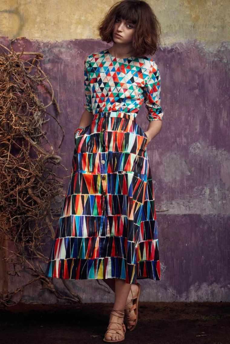 diseño de moda estilo-geometrico-vestido-colorido