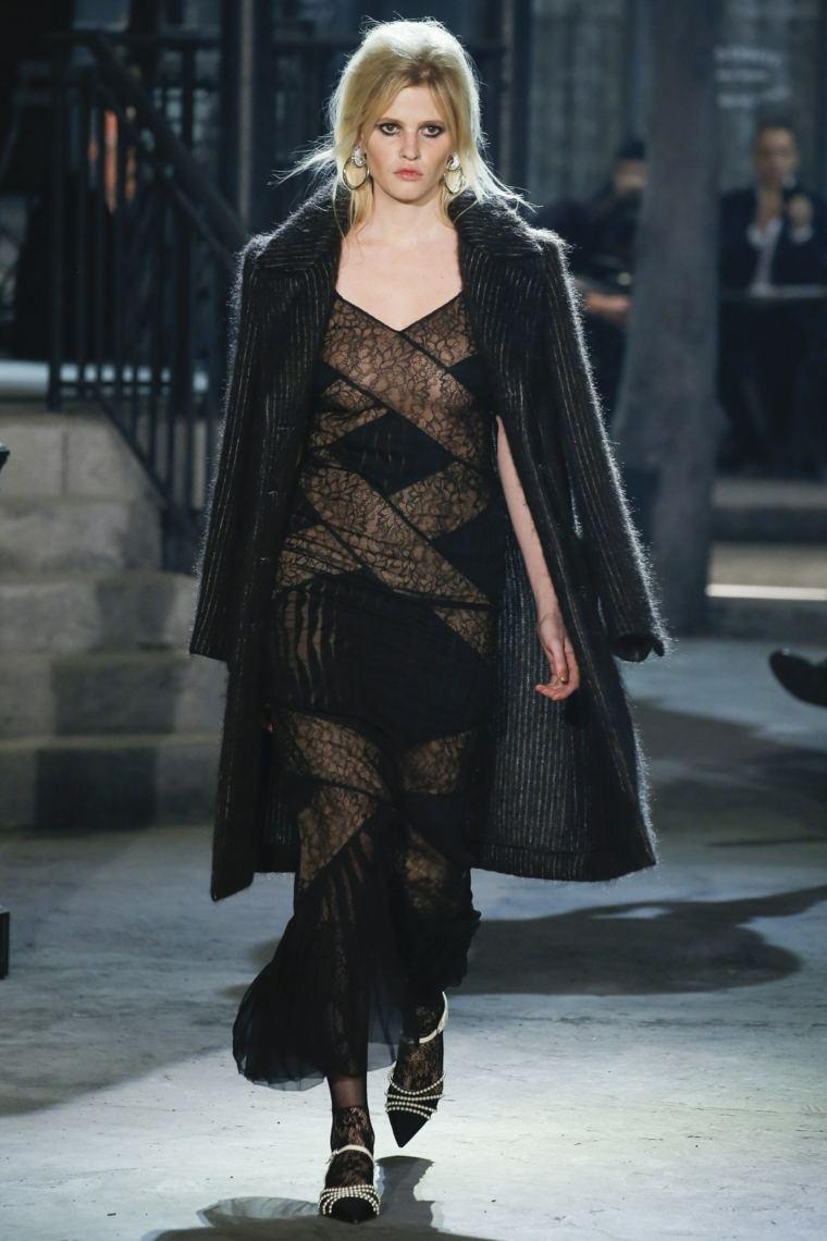 diseno-de-moda-estilo-geometrico-vestido-negro-transparencias