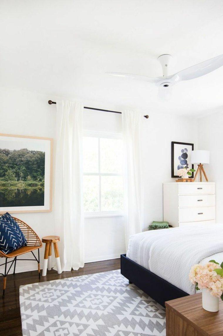 bonita decoración de dormitorio