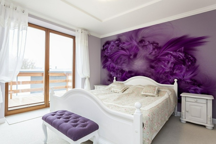 ideas-para-decorar-paredes-acento-color-purpura