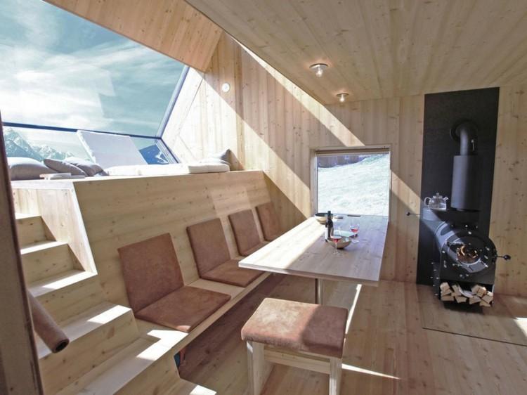 interior cabaña madera clara