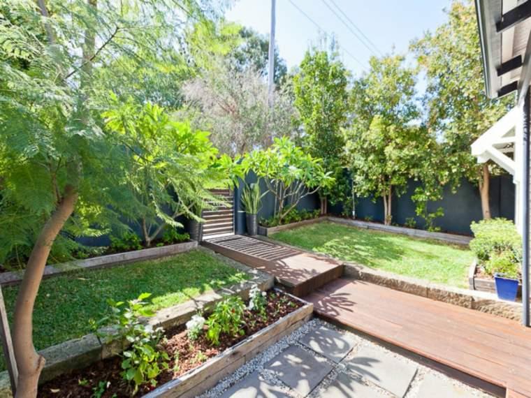 jardin-entrada-pequeno-diseno-moderno-ideas