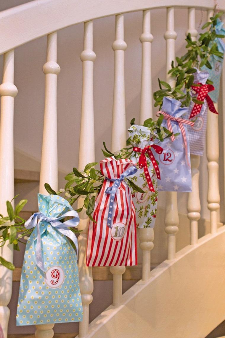 manualidades de navidad-calendario-adviento-bolsas-papel-regalo