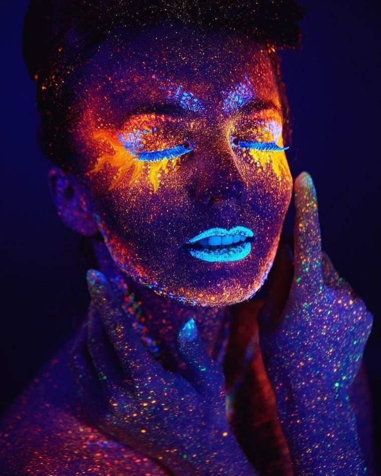 maquillaje neon-arte-belleza-fiesta-estilo