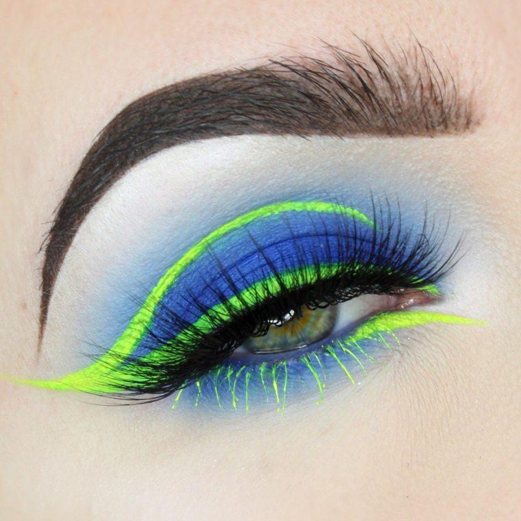 maquillaje neon-delineador-verde-sombras-azules