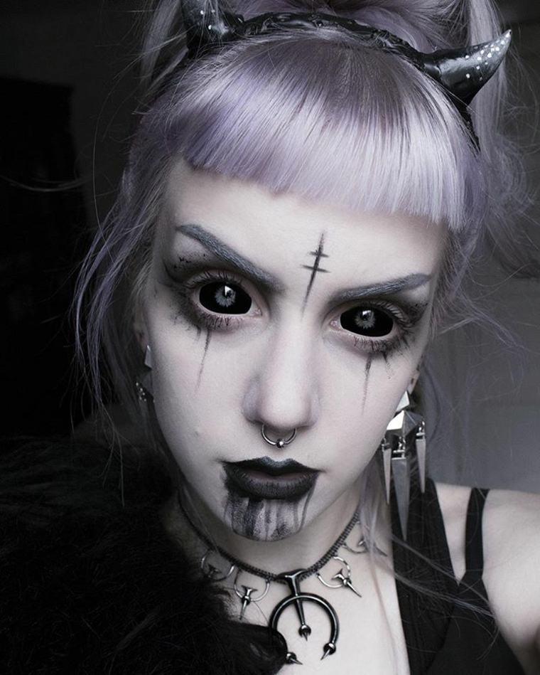 lentillas negras