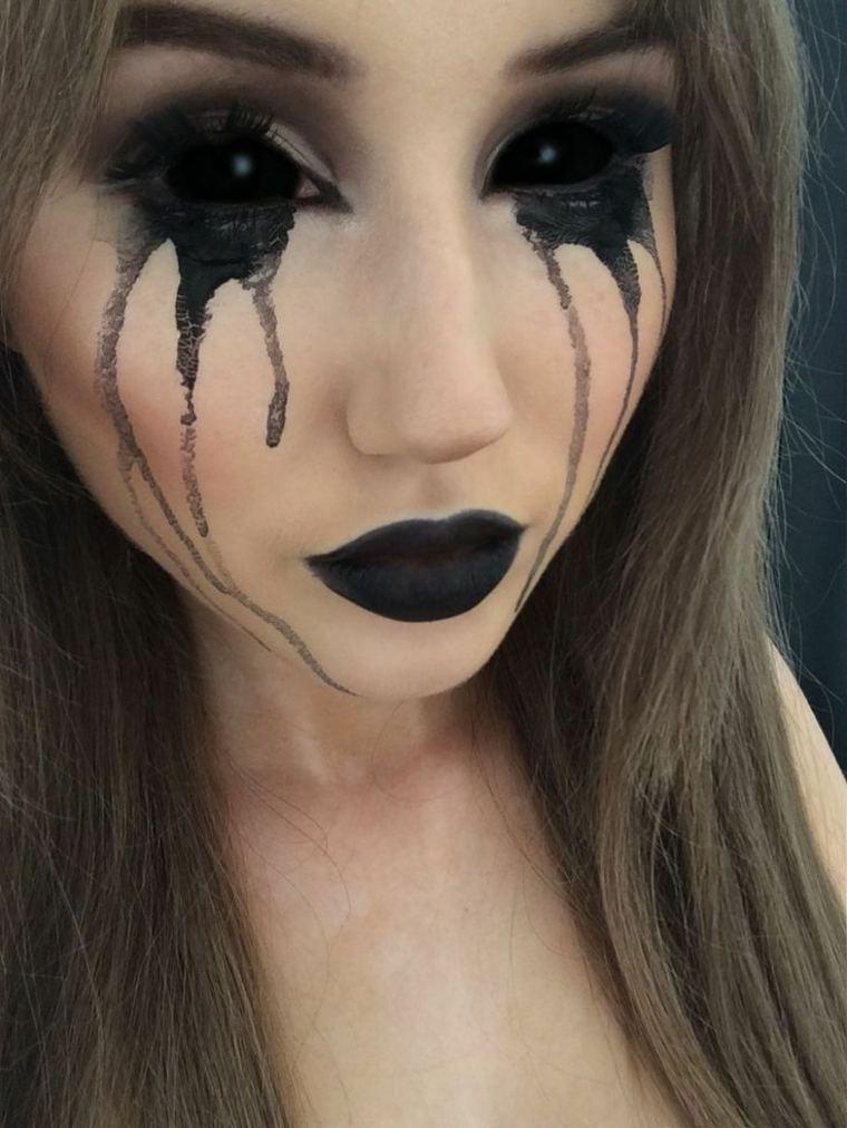 maquillaje de ojos sangrientos negros
