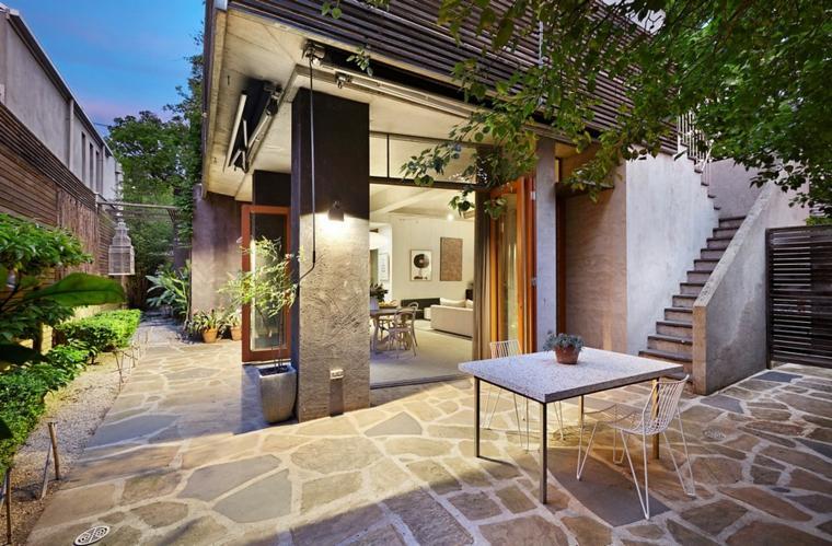 opciones-suelo-piedras-grandes-jardin