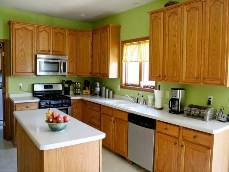 cocina con paredes de color verde