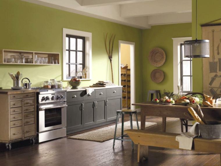 cocina tradicional con paredes verdes