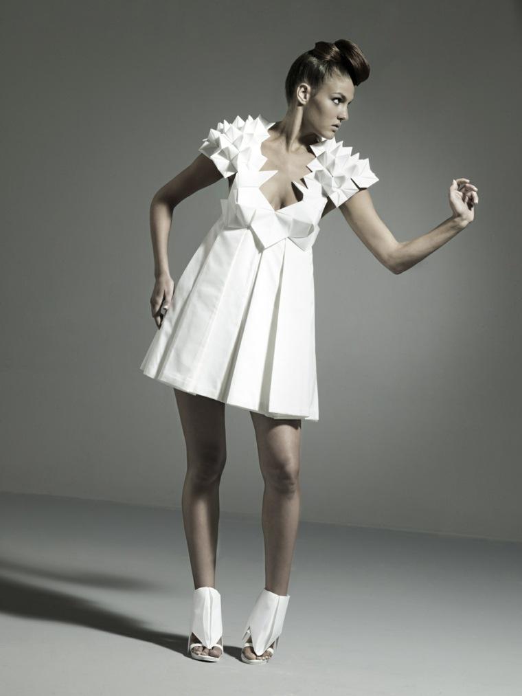ropa-moda-estampa-geometrica-vestido-original-blanco